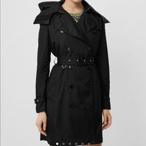 Burberry trench coat US size 6 BNWT